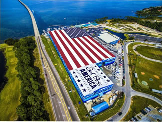 Wyland, the Wyland Foundation, Legendary and Sherwin Williams partnered to bring this Legendary American Flag Mural to life and dedicate it to the United States Armed Forces and all First Responders.