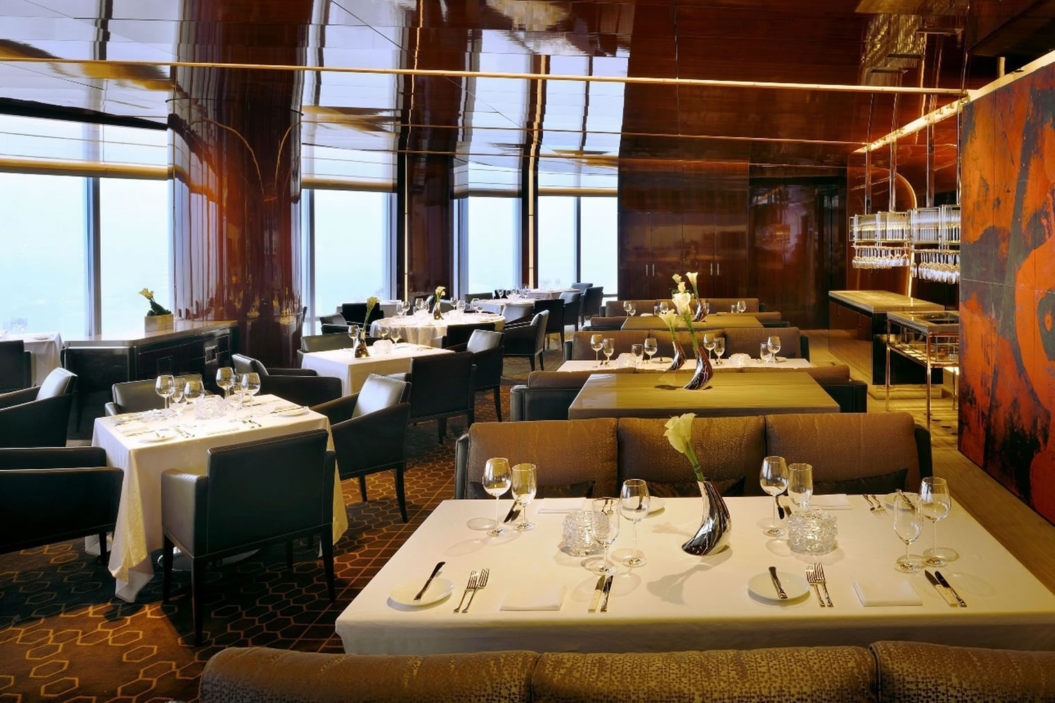 Highest restaurant dubai 39 s sets world record for Best private dining rooms dubai