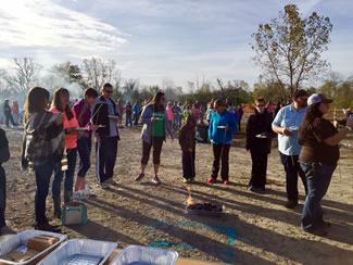 A total of 570 people participated at an event at Blue Creek Metropark in Whitehouse, setting the new world record for the most people making s'mores simultaneously, according to the World Record Academy.