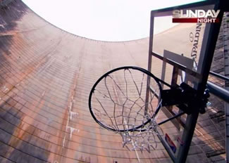 The How Ridiculous team, who set the world record for highest basketball shot in 2011 by dropping a ball from 220 feet up and added 80 feet to the record two days later, took their ball and hoop to the Gordon Dam in Tasmania for their latest attempt.