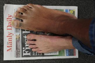 Largest feet: Peter Iroga sets world record (Video)