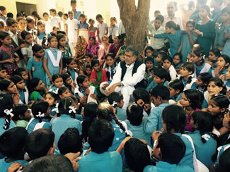 Nobel Peace Laureate Kailash Satyarthi, along with 344 students at Jayshree Periwal International School, Jaipur, Rajasthan, India, set the new world record for the Largest child safeguarding lesson, according to the World Record Academy.