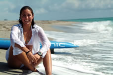 Cynthia Aguilar longest nonstop paddleboard voyage