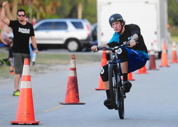 Longest Manual On A Mountain Bike Zach Hutelin Sets World Record