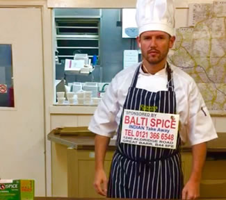 Scott Campbell broke a record previously set by Canada's Jasper Moester for the Fastest Half Marathon Dressed as a Chef, while carrying a 3kg pot. Scott crossed the finish line in 2hrs 3mins, smashing the previous world record by 20 minutes.
