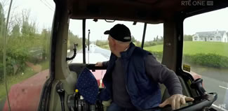 Farmer Patrick Shalvey, whose family are hosting Big Week on the Farm on their dairy farm in Cootehill, Co Cavan, smashed the existing world record for reversing a tractor and trailer by 2.8 kilometres.