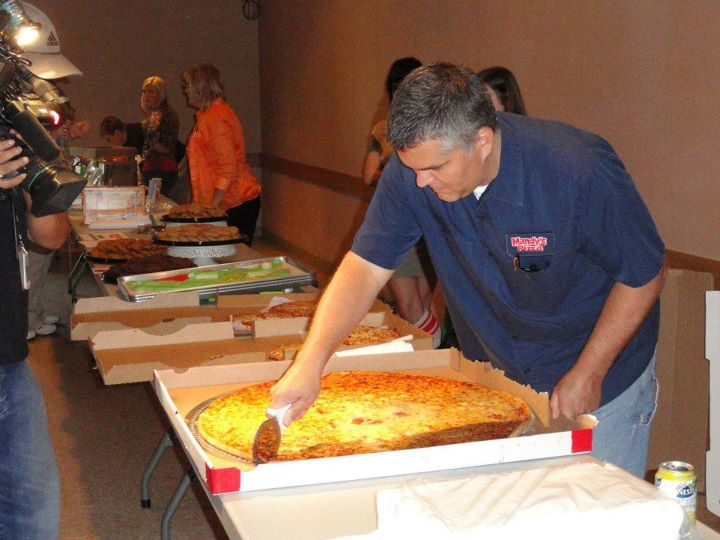 Largest gluten-free pizza: Steven and Veronica Negri set ...