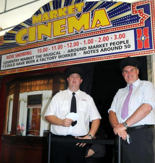 Najmenšie kino na svete - Market Cinema