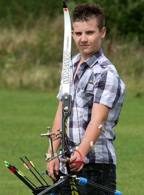 Longest Bow And Arrow Shot World Record Set By Zak Crawford