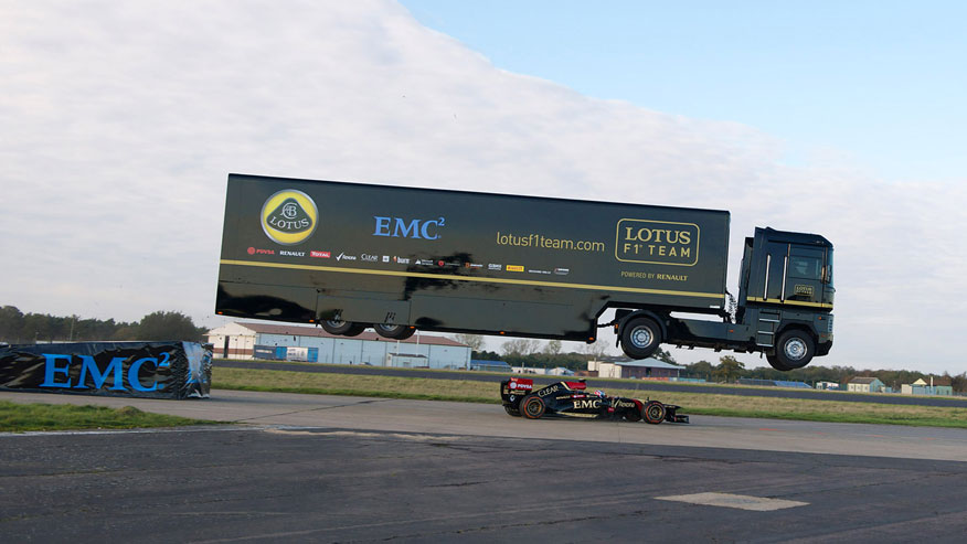 Longest truck jump emc enterprise breaks guinness world for World s longest video